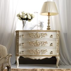 High End Italian Designer Chest of Drawers at Juliettes Interiors, a large collection of Classical Furniture. furniture High End Italian Designer Chest of Drawers - Juliettes Interiors Paint Furniture, Home Decor Furniture, Shabby Chic Furniture, Luxury Furniture, Furniture Makeover, Furniture Design, Acrylic Furniture, Smart Furniture, Furniture Logo