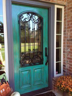 DIY Door Makeover Projects to make them look newer - Worth Trying DIY Projects Turquoise Door, Teal Door, Front Door Colors, Front Doors, Front Porch, Door Makeover, Painted Doors, Western Decor, Diy Door
