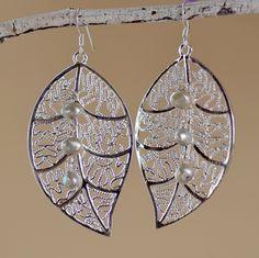 Silver Leaf Earrings. Large Lacy Silver Tone White  Fresh Water Pearls Filigree Leaves Earrings. Wedding Earrings. Bridal Jewelry.