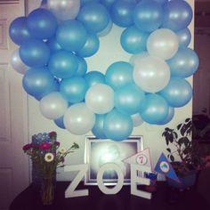 Birthday decor - Balloon wreath - Dolphin Party
