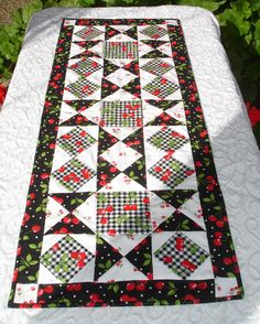 Cherry Table Runner Quilt Cherries Black White Red from Christel 2014 Table Runner And Placemats, Table Runner Pattern, Quilted Table Runners, Small Quilts, Mini Quilts, Paper Piecing, Skinny Quilts, Quilted Table Toppers, Cool Tables