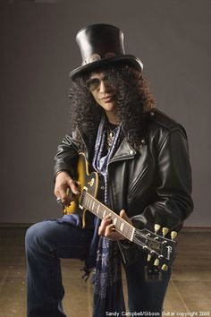 SLASH - Guide to The World's Best Guitarists