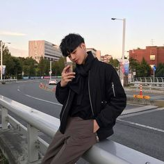 Boy, ulzzang, and korean image Korean Fashion Ulzzang, Korean Fashion Men, Fashion Mode, Korean Men, Look Fashion, Mens Fashion, Cute Korean Boys, Asian Boys, Asian Men