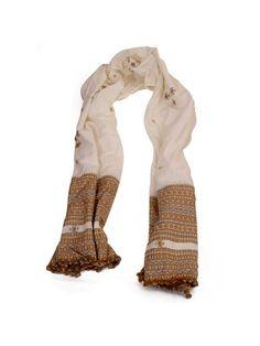 Hand woven Bhujodi Shawl