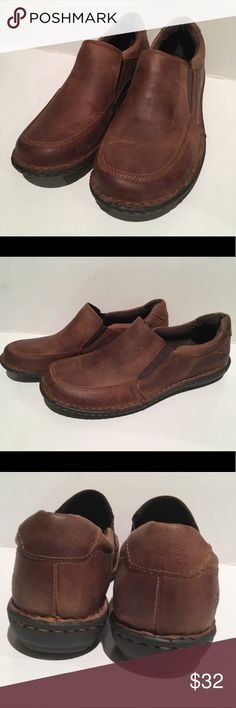 Born Brown Shoes EUC aside from slight scuffing. See sizing chart. Born Shoes Mules & Clogs