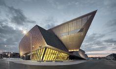 Daniel Libeskind unveils shard-like solar Congress Center in Mons, Belgium