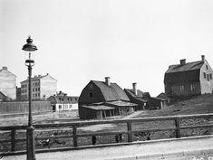 Husen vid Östgötagatan 52-54 sedda från Ringvägen söderut. Då kv. Åsen Större - Stockholmskällan