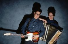 John Flansburgh and John Linnell of They Might Be Giants (Image by Lynn Goldsmith/Corbis)