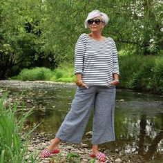 Best Fashion Tips For Women Over 60 - Fashion Trends Over 60 Fashion, Mature Fashion, Over 50 Womens Fashion, 50 Fashion, Fashion Tips For Women, Plus Size Fashion, Fashion Outfits, Bald Head Women, Cool Style