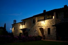 Beautiful night time photo of Villa San Crispolto your dream italian wedding venue www.romanticitalianweddings.com