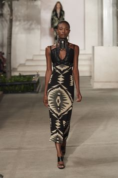 Ralph Lauren Ready-to-Wear Spring 2017 Look 28 Fashion 2017, New York Fashion, Look Fashion, Runway Fashion, Fashion Outfits, Fashion Design, African Attire, African Dress, African Style