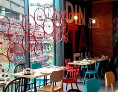 Din Tai Fung Opens Chippendale Dumpling House - News - Concrete Playground Sydney Bistro Interior, Restaurant Interior Design, Shop Interior Design, Interior Styling, Flat Interior, Interior Ideas, Cafe Bar, Cafe Bistro, Hotel Restaurant