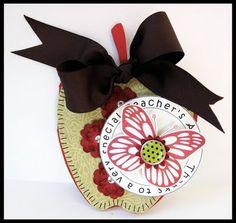 APPLE  APPLE SHAPED CARD  http://thecuttingcafe.typepad.com/the_cutting_cafe/2009/08/apple-shaped-card-template-cutting-file.html  Laura Davis