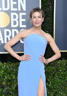 """""""Renée Zellweger wore a light blue strapless gown with crystal embellishments & jewelry to the 2020 Golden Globe Awards. Celebrity Jewelry, Celebrity Look, Celeb Style, Golden Globe Award, Golden Globes, Rachel Brosnahan, Renee Zellweger, David Webb, Strapless Gown"""