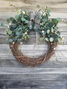 "26 ""Eucalyptus Wreath with a touch of little white flowers W .- Eucalyptus Wreath with a touch of little white flowers Wreath for All Year Round – Everyday Burlap Wreath, Door Wreath, Wedding Wreath 26 inch eucalyptus wreath with hints of little white Diy Wreath, Grapevine Wreath, Burlap Wreath, Small Wreath, Willow Wreath, Snowflake Wreath, Wreath Ideas, Art Floral Noel, Christmas Diy"