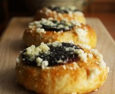 Moravské koláče Doughnut, Nutella, Tiramisu, Muffin, Breakfast, Desserts, Food, Morning Coffee, Tailgate Desserts