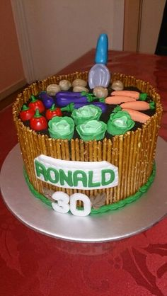 Allotment Birthday Retirement Cake This is a deep double