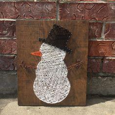 MADE TO ORDER Snowman String Art Sign von StringsbySamantha