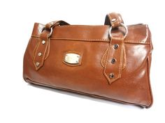 GLOSSY BROWN HANDBAG SB307 for more details visit www.streetbazaar.in #glossy #classy #brown handbag