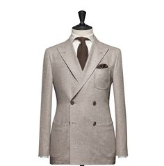 Tailored 2-Piece Suit – Fabric 4553 Plain Beige Cloth weight: 290g Composition: 100% Wool Super 100's