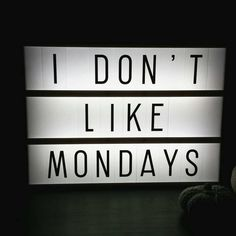 """Please let me stay in bed! #mondays #dontlikemondays #lightbox #lichtbox #preorder #interior #decoration"""