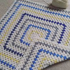 Cream. Royal Blue. Light Grey. Yellow. Crocheted blanket via Instagram. #Inspiration for baby/kid blanket