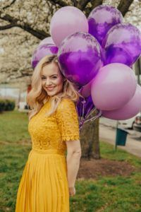 all the blonde hair ideas! curls for days! way day with wayfair Balloons Photography, Birthday Photography, Birthday Girl Pictures, Balloon Pictures, Outdoor Birthday, Birthday Woman, 20th Birthday, Summer Pictures, Outdoor Woman