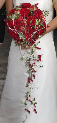 Bouquet mari e on pinterest bouquets rouge and mariage - Bouquet mariee rouge ...