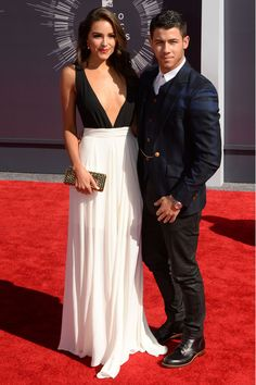 2014 MTV VMAs Red Carpet Fashion - All the Looks from the Red Carpet at the 2014 Music Video Awards - Elle