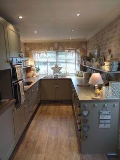 New Kitchen, Kitchen Dining, Kitchen Decor, Kitchen Stuff, Kitchen Ideas, Cow House, Cool Kitchens, Country Kitchens, Kitchen Remodel