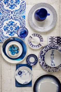 http://casapraiatabatinga.blogspot.com.br/2014/03/linda-decoracao-com-detalhes-em-azul.html