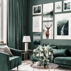 Living Room Green, Green Rooms, Living Room Decor, Bedroom Decor, Rock N Roll Living Room, Dark Living Rooms, Green Walls, Living Room Sofa, Dining Rooms