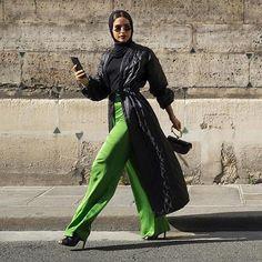 """""""@fa6ma7sam #zeeglimagazine  #tags4tags #likes4likes #mumsnet #ramadanmubarak #fashionnetwork #dustercoat #fashionbloggers #UKbloggers  #fashion #hijabstyle #hijab #muslimah #dailystyleinspiration #abaya #multiculturalfashion #globalfashion #styleinspiration #digitalmarketing #fashionworldwide #shoutouts #elegant #fashionmarketing #beautymarketing #bisht #stylish #modesty #brandawareness #heels #beautiful"""" by @zeeglimagazine. • • • • • #digitalmarketing #onlinemarketing #marketing #branding…"""
