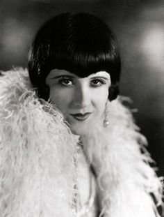Margaret Livingston.  Considering cutting my fringe like this one.