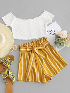 Contrast Off Shoulder Top And Stripes Shorts Set Cute Comfy Outfits, Cute Girl Outfits, Cute Summer Outfits, Pretty Outfits, Stylish Outfits, Classy Outfits, Girls Fashion Clothes, Teen Fashion Outfits, Cute Fashion