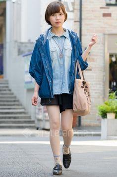 Denim shirt.  Harajuku.  Saya Sonoi's STYLE -TOKYO STREET STYLE | スタイルアリーナ style-arena.jp