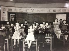 Got the 2:44 Weds blues? Get out from behind ur desks like the kids from Delaware Board of Education photo collection.