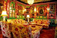 Un precioso salón en una casa de la Sierra Norte de Sevilla