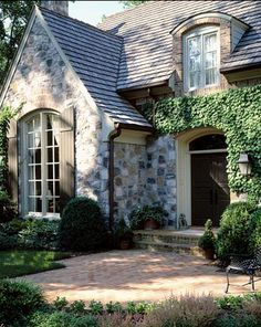 Country french style home ideas terra cotta for French country brick exterior