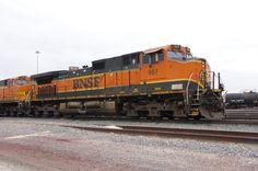 https://flic.kr/p/shpwDz | Galesburg, March 23rd | I always snap a pic of H1 pumpkins when I see them. Definitely my favorite BNSF scheme