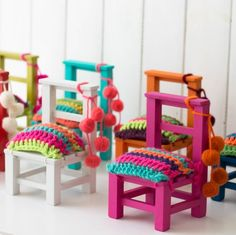 Sillitas adorno Recycled Furniture, Cool Furniture, Painted Furniture, Wooden Toy Chest, Hand Painted Chairs, Cotton Cord, Mexican Home Decor, Kids Table And Chairs, Crochet Home