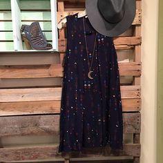 Pretty Pretty Pattern ✨ #frankieandjules #pattern #dress #boho #adorable #graduation #gradparty #weekender #moon #bohobabe #wedge #denimheel #ontrend #boutiquestyle #styleme #fnjstyle #brandnew #trending #ootd #whatiwore #fedora #flowy #navy #dress #instastyle #instyle #bloggerbabe #boutiqueshopping #weekendstyle #styleblogger
