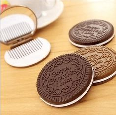 [Visit to Buy] Funny dark brown chocolate cake shaped design make-up mirror one woman Makeup comb tool pocket mirror, used in home office #Advertisement