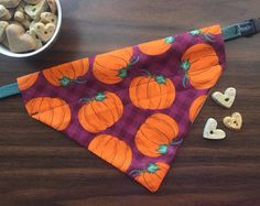 Handmade dog bandanas, dog bow ties, t-shirts, vinyl decals, and more to benefit service dogs. Pumpkin, thanksgiving, fall, halloween