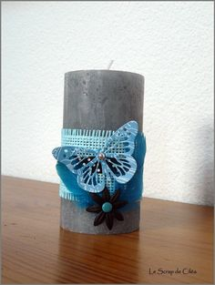 bougie décorée en turquoise Candle Lanterns, Diy Candles, Pillar Candles, Centre Pieces, Decoration, Communion, Handmade Crafts, Candlesticks, Diamonds