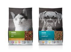 Pet food Food Packaging Design, Beverage Packaging, Retail Packaging, Dog Logo Design, Pet Boarding, Branding, Cat Food, Animal Design, Doge