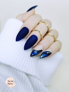 Dark Blue Matte Press on Nails | Nude Matte Press On Nails with gold and blue foil decoration | False Blue Glue on Nails | Fake blue nails Blue Gold Nails, Dark Blue Nails, Blue Coffin Nails, Almond Acrylic Nails, Dark Gel Nails, Nude Nails, Stiletto Nails, Stick On Nails, Glue On Nails