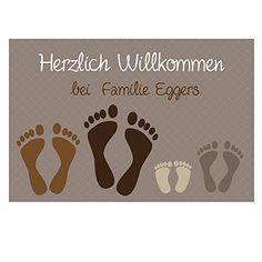 Die personalisierte Fußmatte ist ein originelles und persönliches Geschenk für Familien und Paare. Ideal zum Richtfest, Einweihung oder als Weihnachtsgeschenk.
