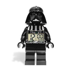 """Basculez dans le côté obscur de la force ! Avec ceréveil Lego ultra moderne quis'articule et vous alerte au petit matin ! Très belles finitions, grandes dimensions, comme un véritable Lego ! Dark Vadorvous donne l'heure et sonne au petit matin ! Et si vous avez besoin de 5 minutes de plus pour dormir, appuyez sur sa tête et la fonction """"snooze"""" s'enclenchera."""
