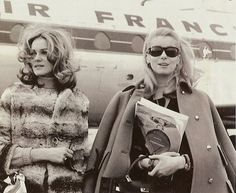 Catherine Deneuve on the right with her sisterFrançoise Dorléac.